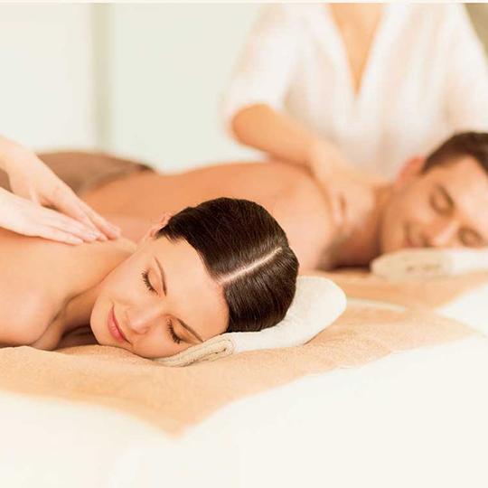 Aroma-massaggio-di-coppia